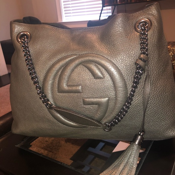 Gucci Handbags - GUCCI SOHO PEBBLE LEATHER BAG